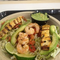 Photo taken at Baja Fresh Mexican Grill by Ludwig G. on 5/15/2012