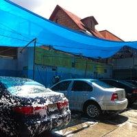 Photo taken at Autolavado by Antonio S. on 9/2/2012