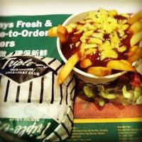 Photo taken at Triple-O's by Mandy.Fifi on 4/30/2012