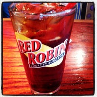 Photo taken at Red Robin Gourmet Burgers by Dave G. on 5/20/2012