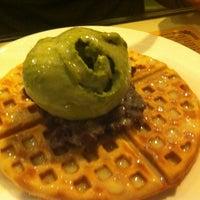 Photo taken at Monga Sweet Cafe 糖樓 by Kane S. on 6/1/2012