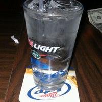 Photo prise au Joe's Irish Bar par Jeremiah J. le2/18/2012