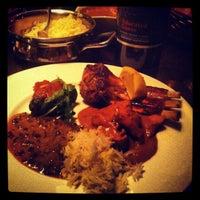 รูปภาพถ่ายที่ Amber India โดย Zheng C. เมื่อ 4/14/2012