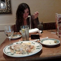 Photo taken at Olive Garden by Amy C. on 4/21/2012
