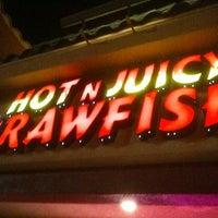 Photo taken at Hot N Juicy Crawfish by Jasmin G. on 4/1/2012