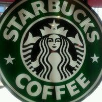 Photo taken at Starbucks by Gilson P. on 5/5/2012