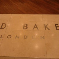 Photo taken at Ted Baker by Amirah A. on 8/21/2012
