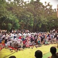 Photo taken at SMA Lazuardi GIS by anto r. on 8/2/2012