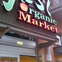 Photo taken at Yes! Organic Market by Orlando D. on 3/31/2012