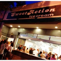Foto tirada no(a) Sweet Action Ice Cream por Mitch S. em 6/14/2012