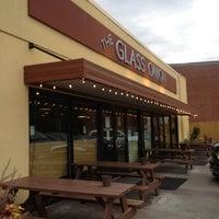 Photo taken at The Glass Onion by Jeni B. on 8/29/2012