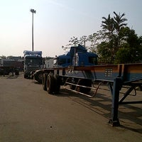 Photo taken at Swift Integrated Logistics Sdn Bhd by Faizul A. on 6/22/2012
