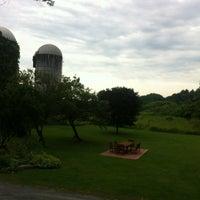 Photo taken at Saratoga Farmstead B&B by Shane O. on 7/7/2012