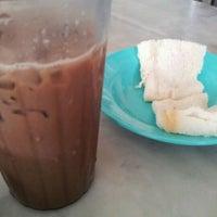 Photo taken at Nan yang coffee shop by Mike L. on 4/11/2012