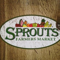 Photo taken at Sprouts Farmers Market by Nan T. on 5/15/2012