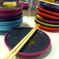 Photo taken at YO! Sushi by AuLiN® on 8/25/2012
