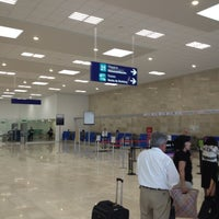 Foto tomada en Aeropuerto Internacional de Oaxaca (OAX) por Dedo el 8/5/2012