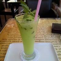Photo taken at Gramofon Cafe & Bistro by Sinan Cemgil D. on 9/9/2012