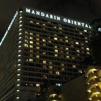 Photo taken at Mandarin Oriental, Singapore by David A. on 7/26/2012