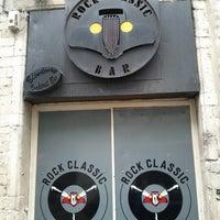 Foto tirada no(a) Rock Classic Bar por Vitaly V. em 7/31/2012