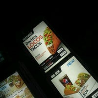 Photo taken at Taco Bell by Walter M. on 3/13/2012