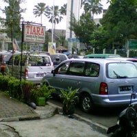 Photo taken at SD Darul Hikam by Imam F. on 6/6/2012