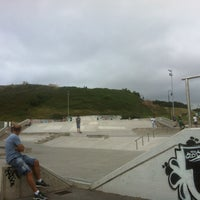 Foto tomada en Skatepark Cimadevilla por Jake el 8/24/2012