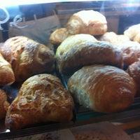 Foto scattata a Pasta Madre da Arabella il 7/13/2012