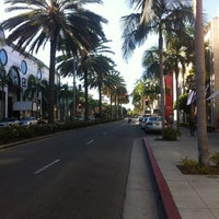 Photo taken at Rodeo Drive by Ahmed Alswaidan on 8/27/2012