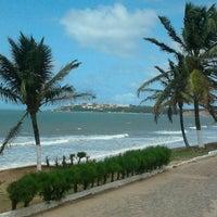 Photo taken at Praia de Cotovelo by Yadja Laryssa L. on 4/1/2012