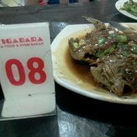 Photo taken at Seafood tiga dara Marrakash by AsevDoctor46 on 4/19/2012