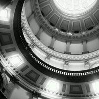 3/29/2012 tarihinde Shilene N.ziyaretçi tarafından Colorado State Capitol'de çekilen fotoğraf