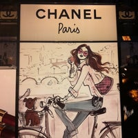 Das Foto wurde bei CHANEL Boutique von Irina am 6/18/2012 aufgenommen