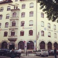 Das Foto wurde bei Paulaner Bräuhaus von Bastian B. am 7/17/2012 aufgenommen