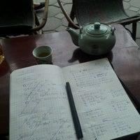 Photo taken at Cafe Giảng (98 Võ Thị Sáu) by Fabian B. on 2/8/2012