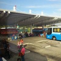 Foto tomada en Terminal de Buses O'Higgins por René A. el 5/4/2012