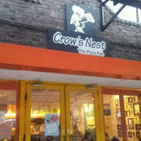 Photo taken at Crow's Nest : The Pizza Pub by Jung Suk P. on 7/20/2012
