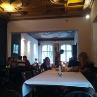 Das Foto wurde bei Schwarzes Café von Marc-alexander C. am 7/15/2012 aufgenommen