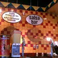 รูปภาพถ่ายที่ Willy's Mexicana Grill #8 โดย Breezey เมื่อ 3/17/2012