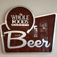 Foto tomada en Whole Foods Market por Justin R. el 6/17/2012