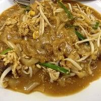 Photo taken at Pondok Satay by Aaron W. on 3/18/2012
