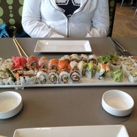 Photo taken at Ponzu Sushi Grill by Wes J. on 3/22/2012