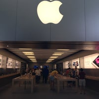 Photo taken at Apple Brandon by Aaron B. on 3/23/2012