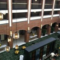 4/10/2012にSarah-Nicole R.がSheraton Philadelphia Society Hill Hotelで撮った写真