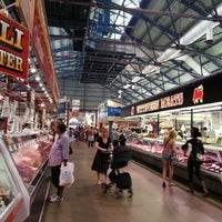 Foto scattata a St. Lawrence Market (South Building) da Fede J. R. il 7/20/2012