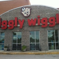Photo taken at Piggly Wiggly by BrianIslands on 7/23/2012