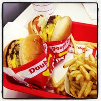 Photo taken at In-N-Out Burger by Frank M. on 2/13/2012