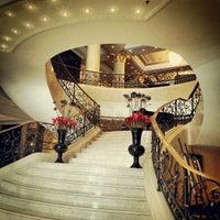 Photo taken at The Ritz-Carlton Berlin by John Chang Young K. on 8/28/2012