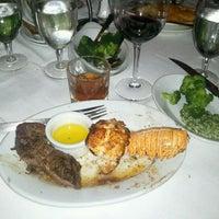 2/17/2012 tarihinde Brian M.ziyaretçi tarafından Ruth's Chris Steak House'de çekilen fotoğraf