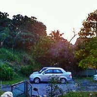 Photo taken at Car Park Jalan TTS 6/10 by Aiman Zhafransyah on 4/25/2012